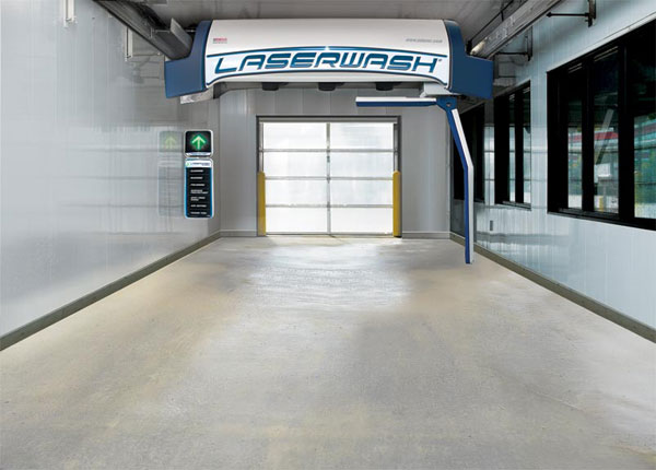 Keeping your Auto Wash Bay Clean